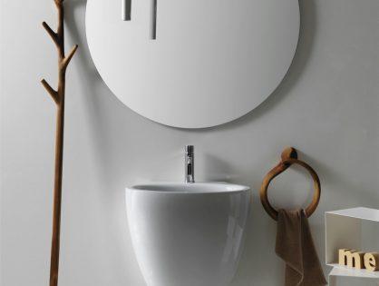 Деревянные аксессуары для ванной